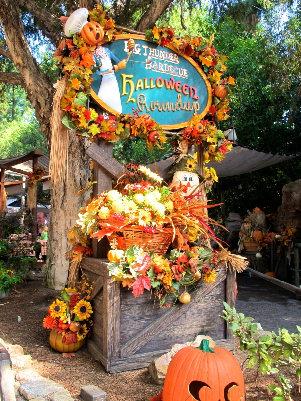 Big Thunder Barbecue Halloween Roundup by 2 Miss Mouses